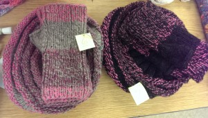 The same hat-and-mitt set, two ways.