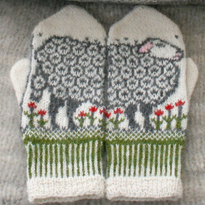 Sheep mittens