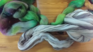 Blended colored merino roving